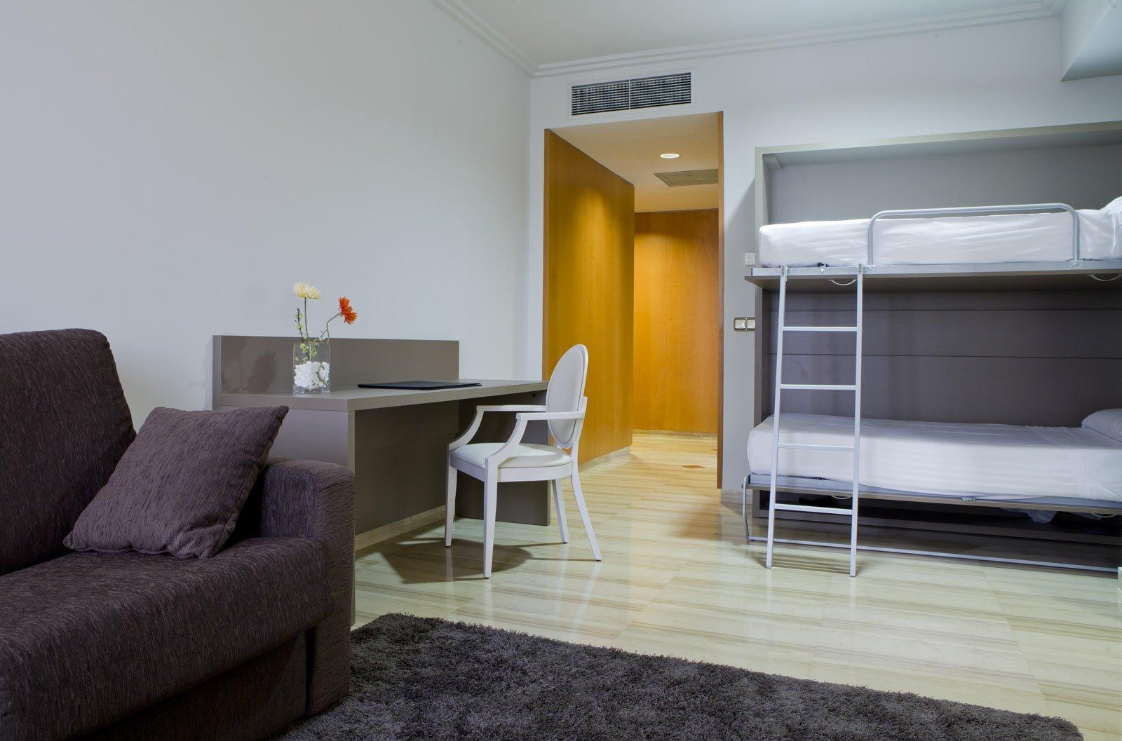 habitaciones familiares tarragona hotel ciutat de tarragona